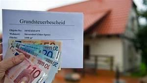 Grundsteuer Von Der Steuer Absetzen : grundsteuer in einzelf llen steigt diese steuer um das 50 fache besonders eigenheimbesitzer ~ Buech-reservation.com Haus und Dekorationen
