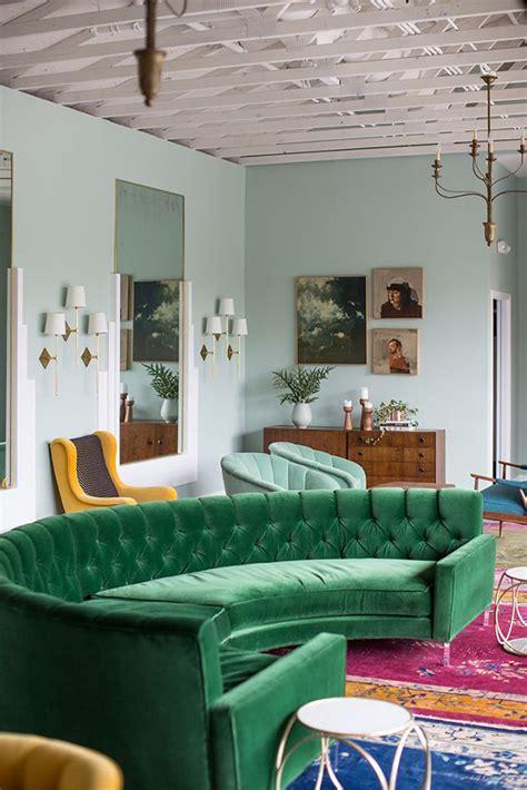 Green Velvet Upholstery In Living Rooms Inspiration