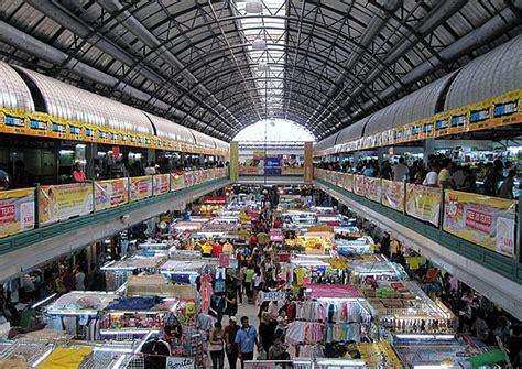 World's Best Shopping Destinations | Wonder Wardrobes