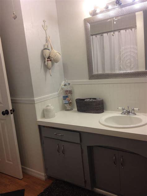gray beach bathroom wall paint  kwal   color