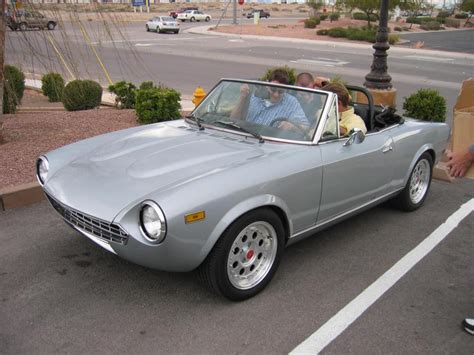 Fiat 2000 Spider by 1982 Fiat Spider 2000 Information And Photos Momentcar