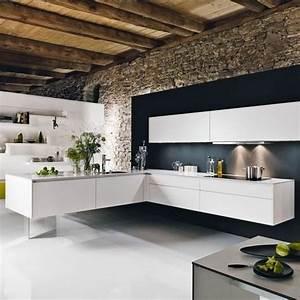 Küche Wandgestaltung Ideen : k che wandgestaltung wei e einrichtung schwarze akzentwand kitchen pinterest schwarze ~ Sanjose-hotels-ca.com Haus und Dekorationen