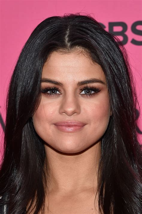 selena gomez colored contacts victorias secret fashion