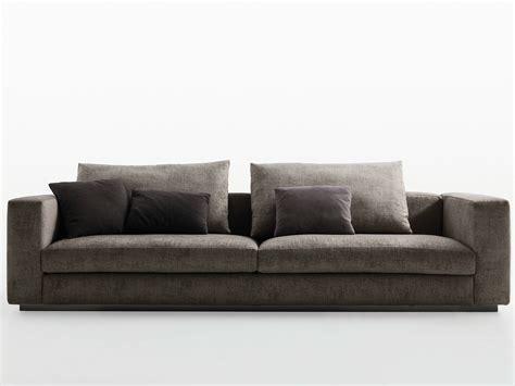 Divano A 3 Posti Reversi' 14 By Molteni & C. Design Hannes