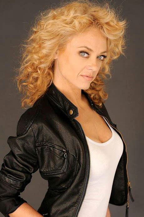 robin kelly actress death lisa robin kelly died of drug overdose in rehab that 70s