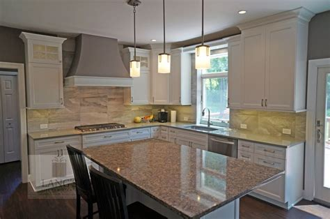 how to do backsplash in kitchen 25 best ideas about glass front cabinets on 8636