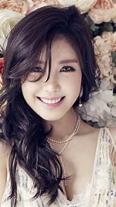 ho56-flower-girl-kpop-hyosung-asian-smile-wallpaper