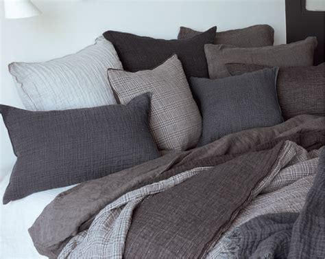 Mit Decken, Plaids Und Kissen Wohlig Durch Den Winter