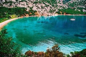 Top 10 budget friendly honeymoon destinations in europe for Best cheap honeymoon destinations
