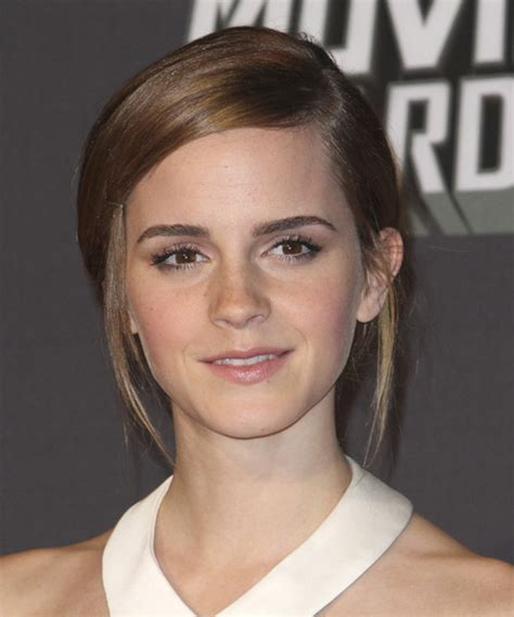 Emma Watson Hairstyles for 2018   Celebrity Hairstyles by