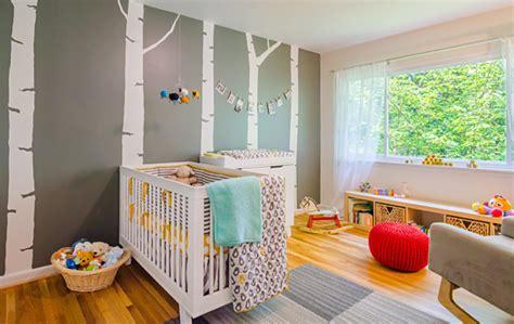 organiser chambre bébé inspiration décoration chambre bébé jaune