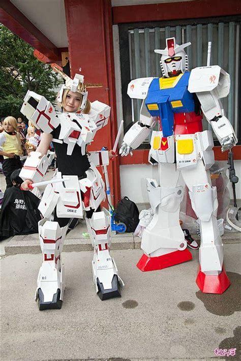 report nagoya osu cosplay parade gundam