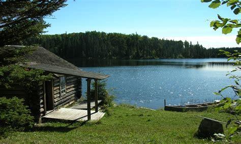 cabin by the lake small cabin by the lake small cabin interiors small lake