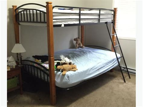 solid wood  wrought iron bunk beds victoria city victoria