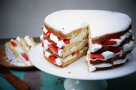 tarte au citron hervé cuisine gâteau au yaourt facile façon layer cake aux fraises