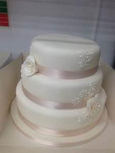 3 Tier Simply Classic Design 2 (RC2) > Recession Wedding