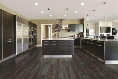 Coretec Plus Xl  Metropolis Oak  Large, Modern Kitchen