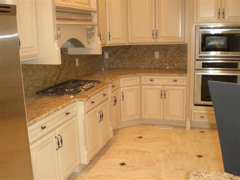 new venetian gold granite with ogee edge in kitchen photo