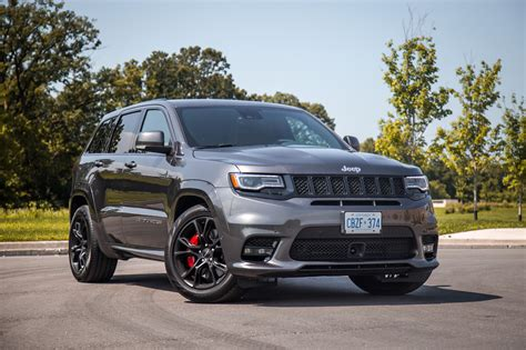 review  jeep grand cherokee srt canadian auto review