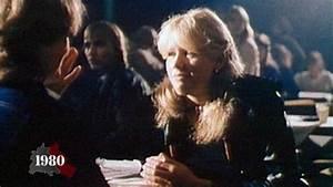 Mode In Den 80ern : ideal stehen auf berlin geschichte der berliner mauer und des mauerfalls ~ Frokenaadalensverden.com Haus und Dekorationen