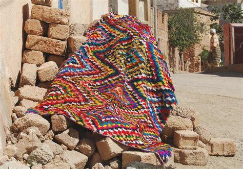 Magasin Tapis Berbere by O 249 Acheter Un Tapis Berb 232 Re 5 Adresses Pour Un Sublime