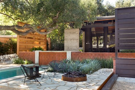 Backyard Styles by 6 Backyard Landscape Designs That Need Minimal Maintenance