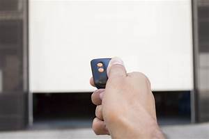 Tarif Porte De Garage Enroulable : tarif d 39 une porte de garage enroulable et de sa pose constructeur travaux ~ Melissatoandfro.com Idées de Décoration