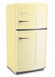 Buttercup Yellow Retro Refrigerator by Big Chill ...