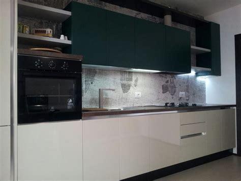 linea 3 arredamenti tra basi e pensili in cucina lineatre kucita gli