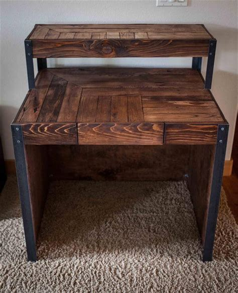 Diy Recycled Wood Pallet Desk  101 Pallets. Office Desk Radio. Herman Miller Desks. Consol Tables. Spinal Decompression Table. Storage Chest With Drawers. Full Size Bed With Drawers Underneath. How To Make A Lap Desk. Kenmore Elite Double Drawer Dishwasher