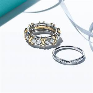 Wedding rings and wedding bands tiffany co for Wedding rings with band