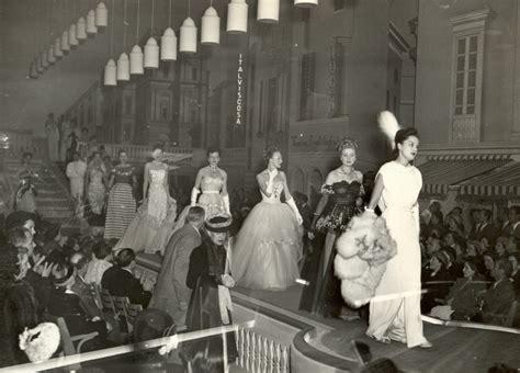 prima in italia la prima sfilata di moda in italia a firenze ovviamente