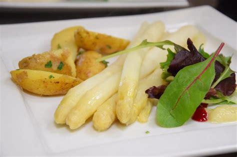 Britzer Garten Italienisches Restaurant by Britzer Seeterrassen Im Britzer Garten Spargelessen