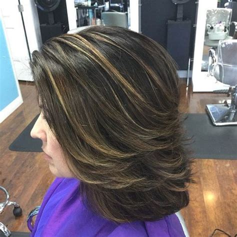Medium Hairstyles With Highlights by 37 Medium Haircuts To Fuel Your Imagination