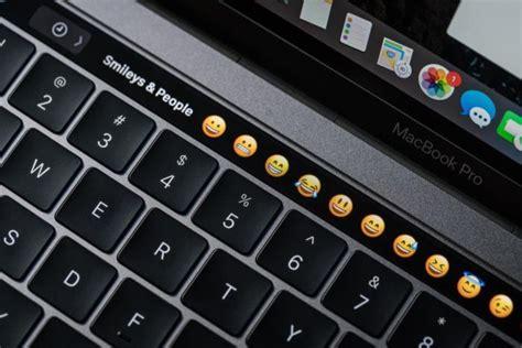 macbook pro   touch bar  gimmick cio