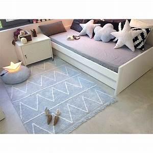 Tapis Chambre Bébé : tapis lavable hippy bleu avec franges chambre b b gar on ~ Teatrodelosmanantiales.com Idées de Décoration