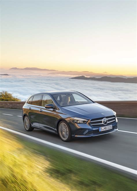 Mercedes B Class Hd Picture by 2019 Mercedes B Class Pictures Photos Wallpapers