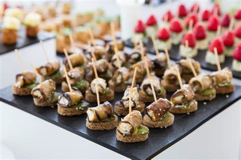 site canapé everything you need to about wedding canapés bijou