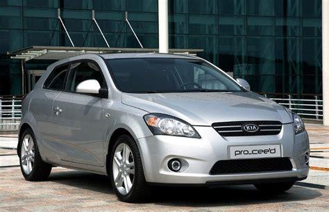 kia ceed 2007 kia ceed 3 door hatchback 2007 2010 reviews technical