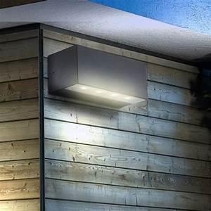 Fassadenbeleuchtung Außen Led : 9 besten aussenbeleuchtung bilder auf pinterest au enbeleuchtung haus bauchmuskeln und lampen ~ Markanthonyermac.com Haus und Dekorationen