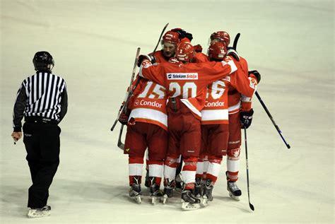 Zvezda za titulu, Voša za majstoricu - Savez hokeja na ...