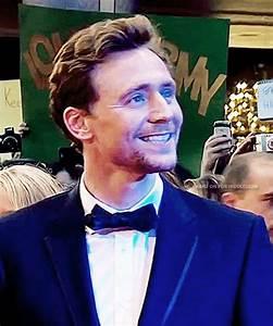 tom hiddleston smiles   Tumblr