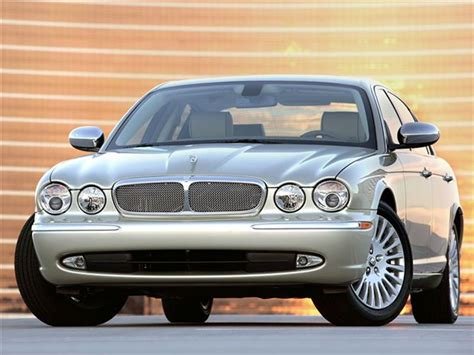auto repair manual online 2007 jaguar xj parental controls buyer s guide 2007 jaguar xj autos ca
