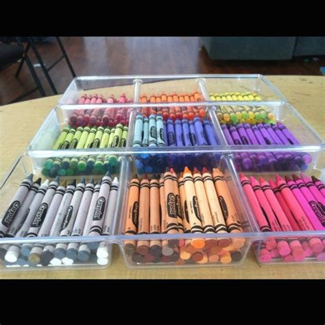 how to organize my kitchen best 25 organizing crayons ideas on organize 7303