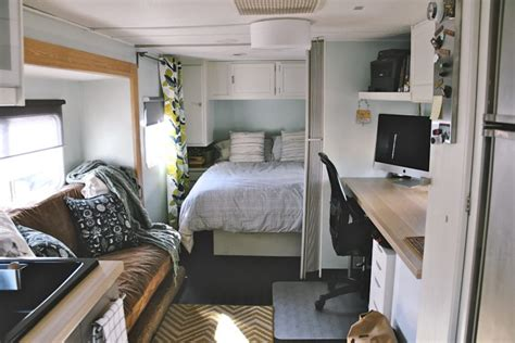 Decorating Ideas Vintage Travel Trailer by How To Decorating A Vintage Travel Trailer Tiny Spaces