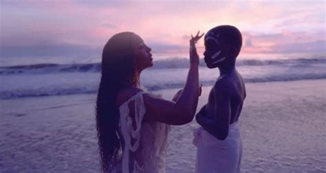 Black is King: Beyoncé nel trailer del visual album ...