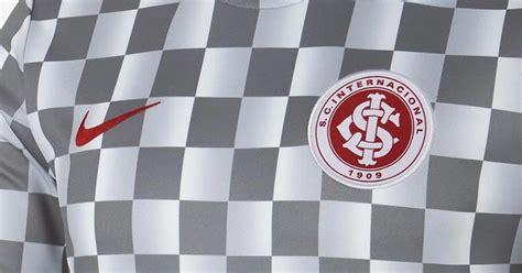 nike sc internacional pre match shirt released footy headlines