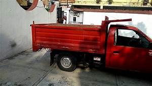 Camioneta Nissan Con Sistema Hidr U00e1ulico De Volteo
