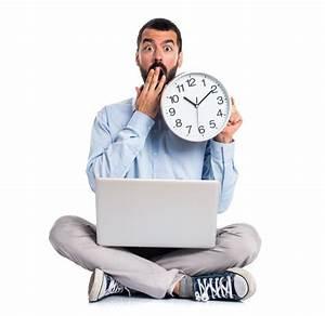 Uhr Mit Fotos : mann mit laptop mit einer uhr download der kostenlosen fotos ~ Eleganceandgraceweddings.com Haus und Dekorationen