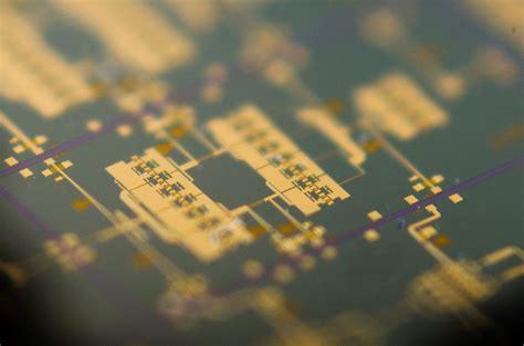 Image Arralis Integrated Circuit